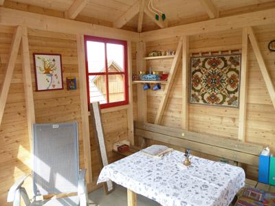 gartenhaus aus holz zur erholung f r gartenger te f r m lltonnen aus holz vom zimmermeister. Black Bedroom Furniture Sets. Home Design Ideas