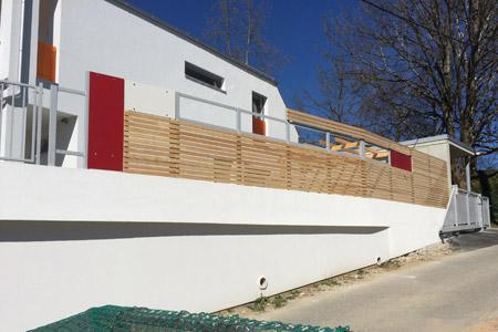 Modernes Haus Mit Sichtschutz Zaun