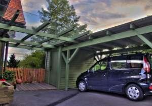 Carport mit Eingangs-Überdachung