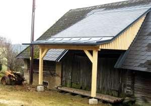 Wirtschafts-Gebäude mit Dachgaube