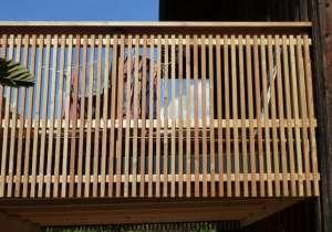 Balkon Latten