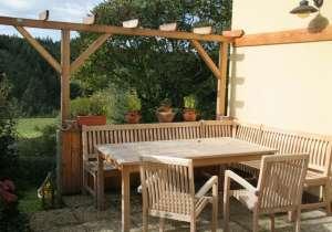 Pergola als Terrassen-Umgrenzung