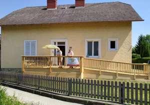 Terrasse mit barrierefreiem Zugang