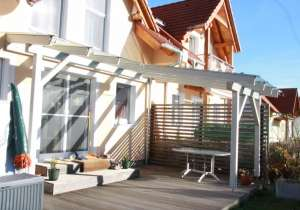 Terrassen-Überdachung weiß lasiert