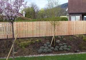Lärchenholz-Zaun