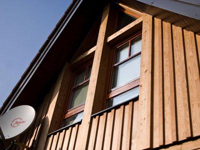 holzfassaden l rche fichte natur lasiert verputzt vom holzbaumeister in graz. Black Bedroom Furniture Sets. Home Design Ideas