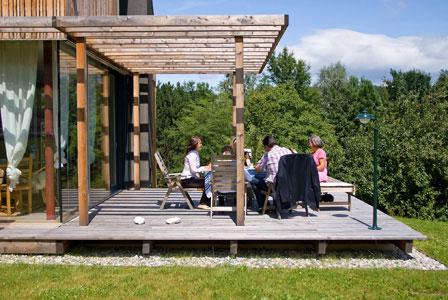 pergola aus holz dekoration und sichtschutz f r garten und terrasse. Black Bedroom Furniture Sets. Home Design Ideas